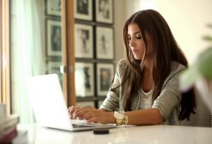 work from home woman