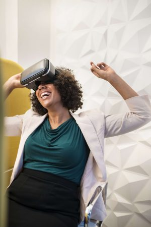 start a virtual reality business in 2020