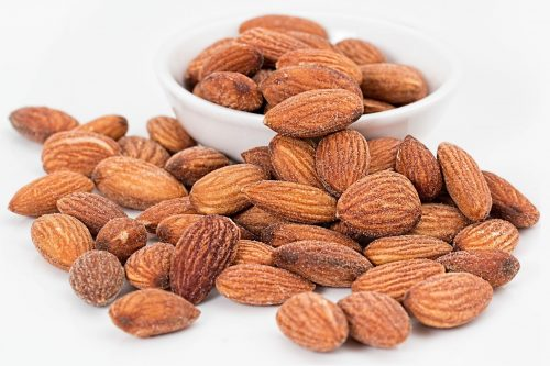 almonds-A Healthy Snacks Option With Lots of Nutrients!