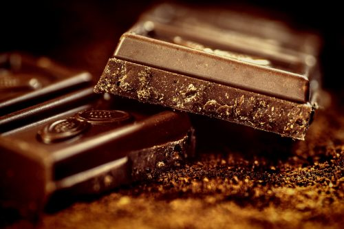 dark chocolate is one of the favorite energy boosting food items